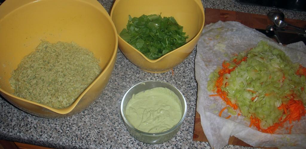 SaladAssembly1